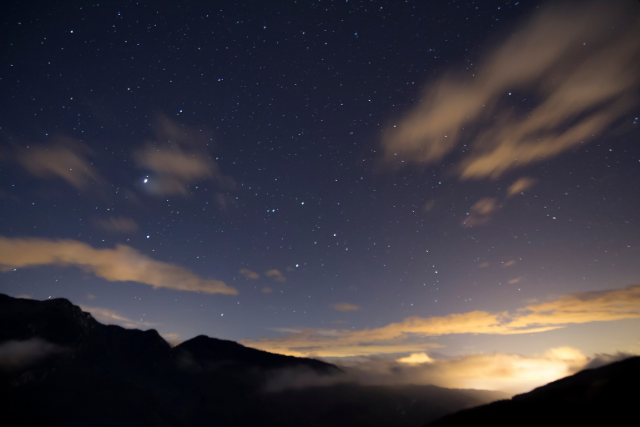 """""""Stars can't shine without darkness"""": finding your way through redundancy"""